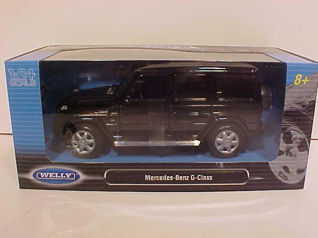 World famous classic toys diecast sports cars land rover for Mercedes benz box suv
