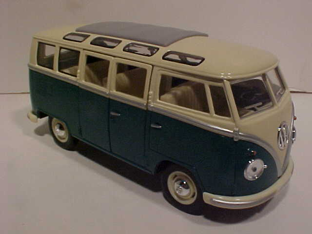 World famous classic toys volkswagen diecast 1959 vw karmann ghia 1962 vw samba bus 7in green publicscrutiny Image collections