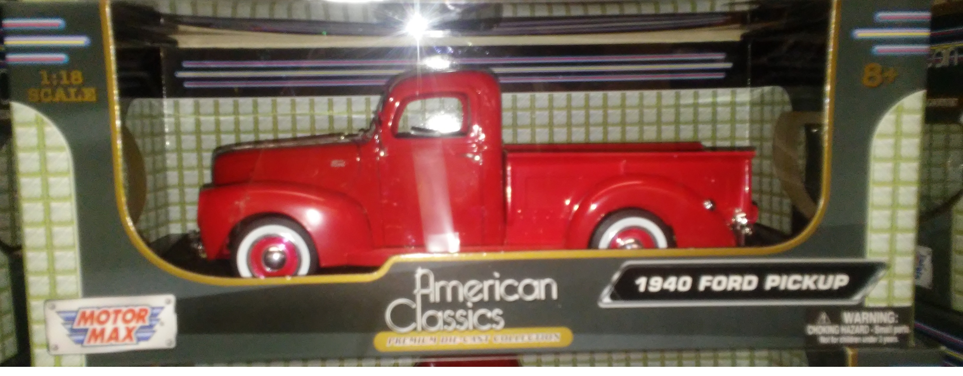 World Famous Classic Toys Diecast Ford Pickup Trucks F 150 1955 F100 Red 1940 Truck
